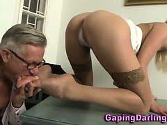 Big ass babe sucks cock