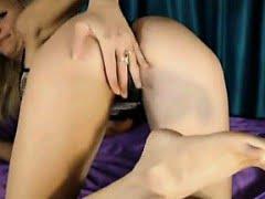 Cam Babe Masturbating